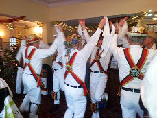 The Sedgley Morris Men - Dancing